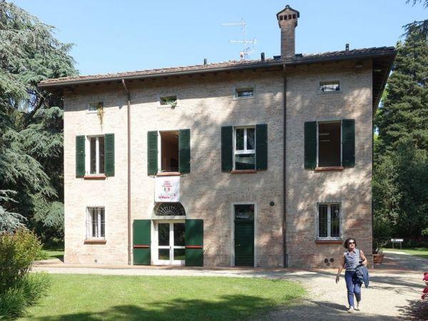Visita al parco di villa La Babina a Sasso Morelli